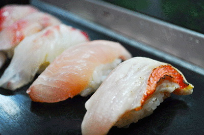 その日の寿司ネタは大将がブログで毎日更新! 前原寿司