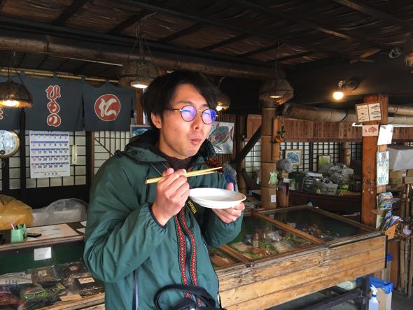 (何度も食べてるけど)ウメェェ。鯖のみりん干し。1日かけてつけられた鯖のみりん干しはしっかり中まで味が通っている
