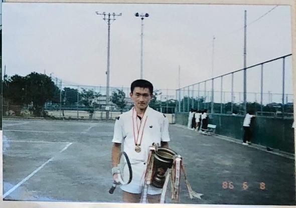 広和さんは軟式テニスで静岡県大会で優勝。インターハイ経験もある