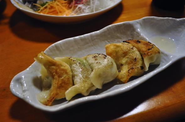 斉の餃子はめちゃくちゃ人気。隠れ人気メニュー