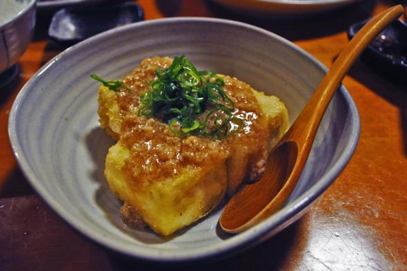 揚げ出し豆腐。ラー油をかけると麻婆豆腐味になります