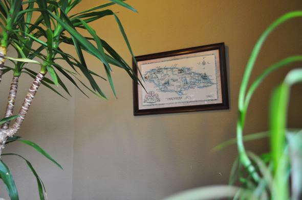 店内にはジャマイカの地図が